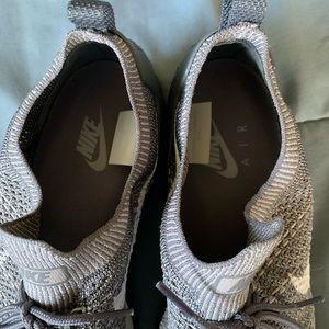 Nike Shoes - Nike Mariah Flyknit Racer Mushroom Gray EUC